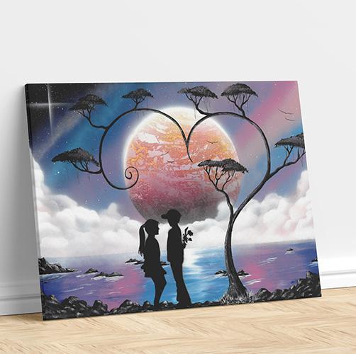 Paesaggio nel cuore- Dipinto con due ragazzi al chiaro di luna, mare e albero a forma cuore- Wolf Art