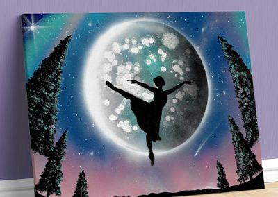 Balla Bella- Ballerina classica che balla in tutù davanti la Luna, pianeta, sera Wolf Art