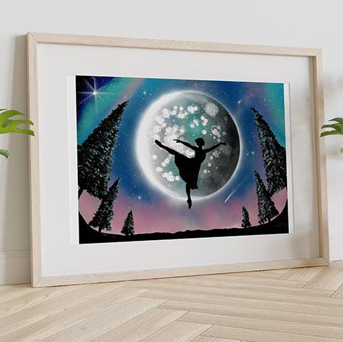 Balla Bella- Dipinto di ballerina che balla davanti alla Luna, ambientazione serale con alberi- Wolf Art