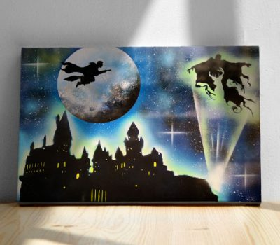 Harry Potter- Maghetto che vola con la scopa sul castello, nemico- Wolf Art-