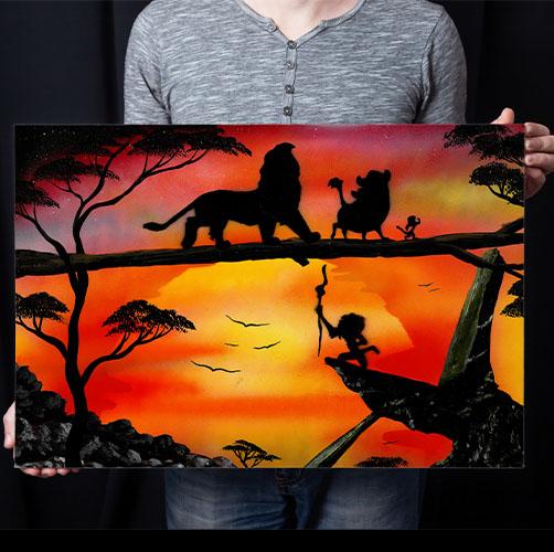 Il Re Leone- Tela con i personaggi de lcartoon che camminano al tramonto- Spray art